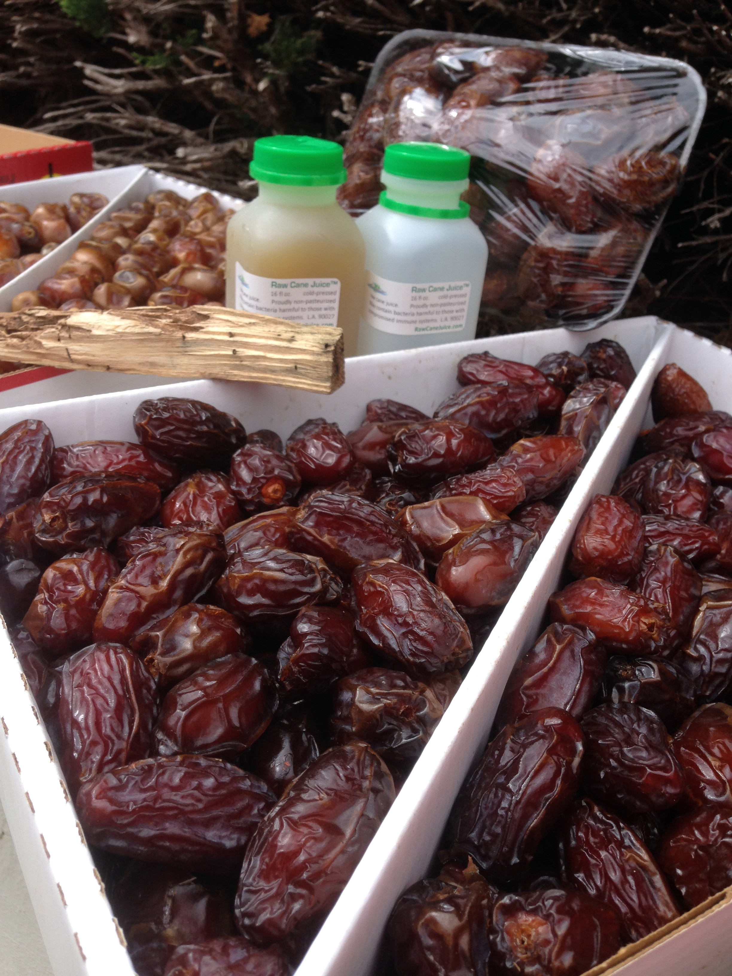 fresh california medjool barhi dates