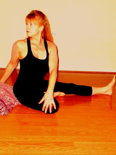 twist from dandasana foot to inner thigh